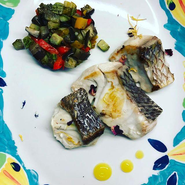 Night Mood Dentice e caponata #summer #food #maronti #2017 #ristoranteida #dentice #fish