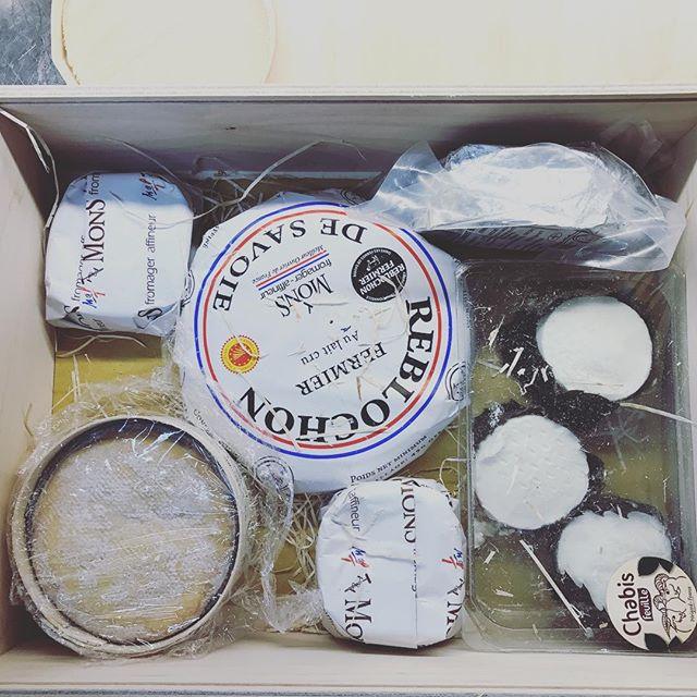 Uno scatto a Caso... #cheese #fromage #francia #formaggi #dop #selezione #selecta #maronti #ischia #2017 #food #ristoranteida