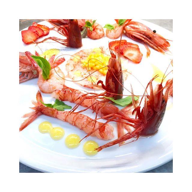 Shrimps & Peaches #instagood #photooftheday #beautiful #love #happy #cute #picoftheday #follow #followme #follow4follow #like4like #tbt #me #summer #repost #instadaily #friends #food #instalike #chef #cheflife #igers #instagram #cheflife #instafood #foodporn