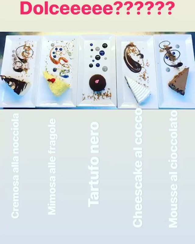 Il dolce è servito ... anzi i dolci !! ???? ••• #dessert #food #desserts #toptags #yum #yummy #amazing #instagood #instafood #sweet #chocolate #cake #icecream #dessertporn #foodforfoodies #foodgasm #cupcakes #pancakes #foodphotography #delish #foods #delicious #tasty #eat #eating #hungry #foodpics #sweettooth