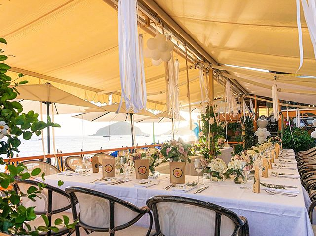 Facciamo il nostro meglio per rendere speciale il VOSTRO giorno #wedding #ristoranteida #celebration #ischia #spiaggiadeimaronti #happy #party #catering #table #sea #sun #love #beach