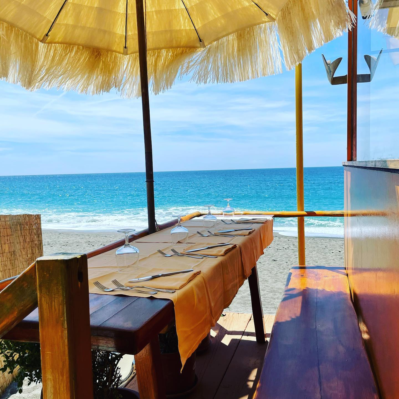 Buona Domenica ! ••#ristoranteida #spiaggiadeimaronti #zonagialla #food #fish #ready #go